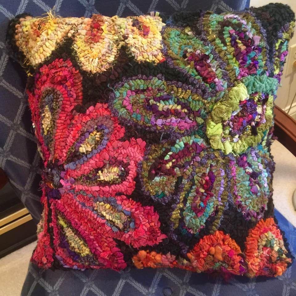 Like Random Colors Flowers Rug Hooking Designs Patterns Hand Hooked Rugs