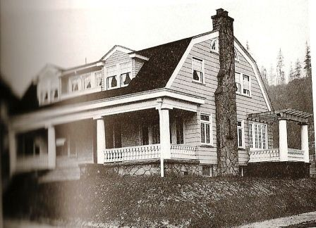 house plans with gambrel roof   Craftsman/Colonial   Classic ...