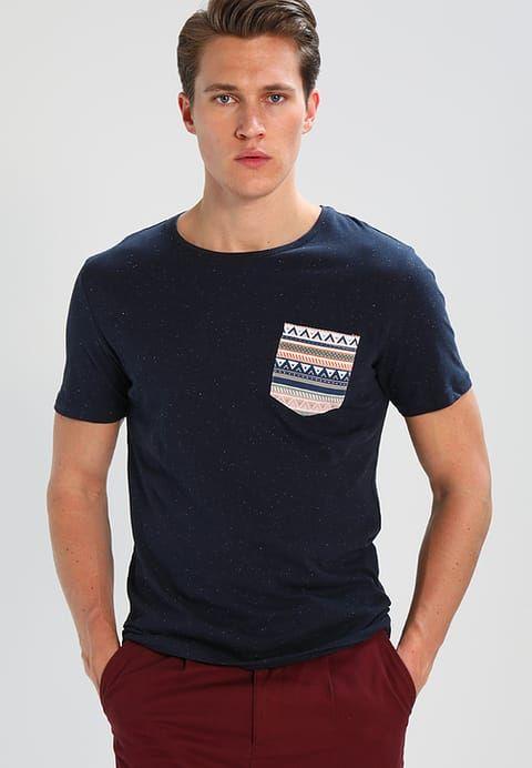 2df33bae1965 Jack & Jones JORBOB SLIM FIT - Print T-shirt - navy blazer - Zalando.co.uk