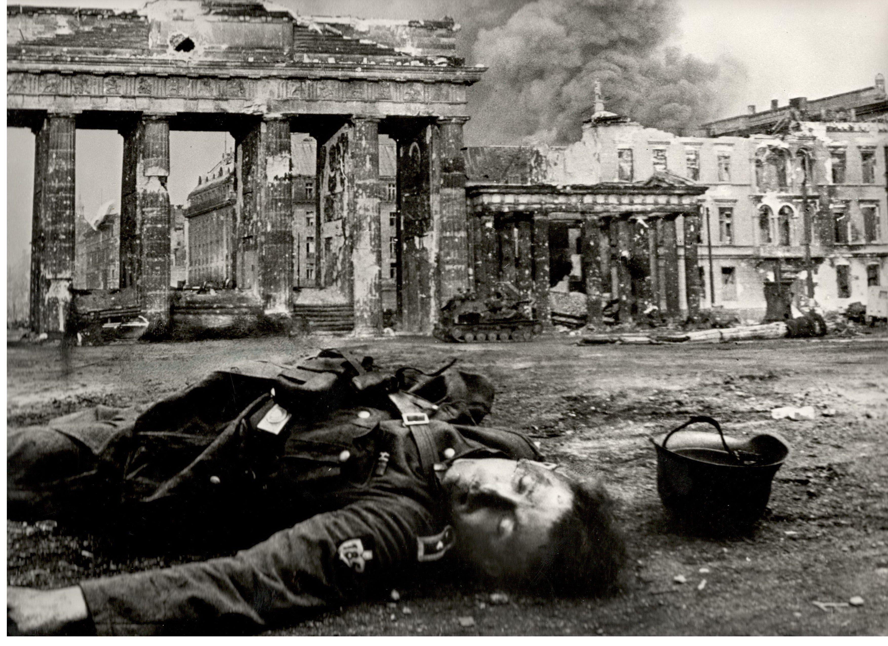 берлин военные фото радио