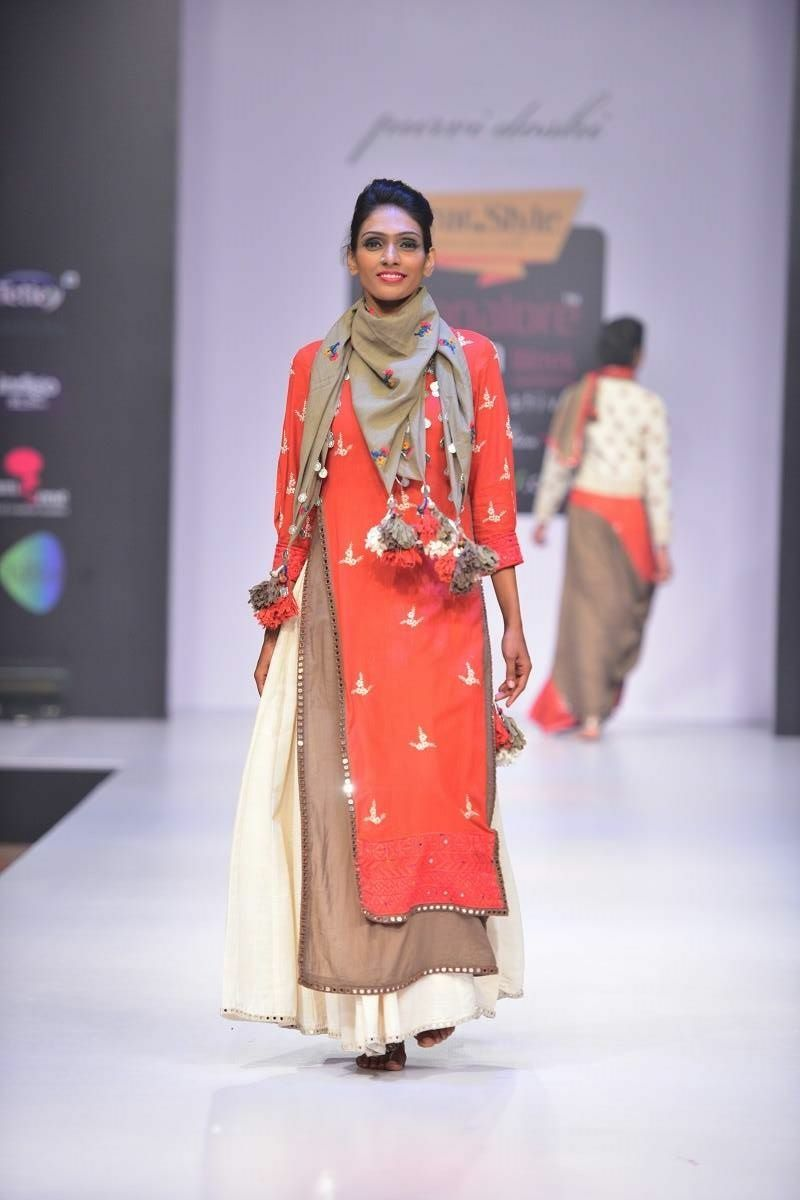 How to scarf wear with indian dress foto