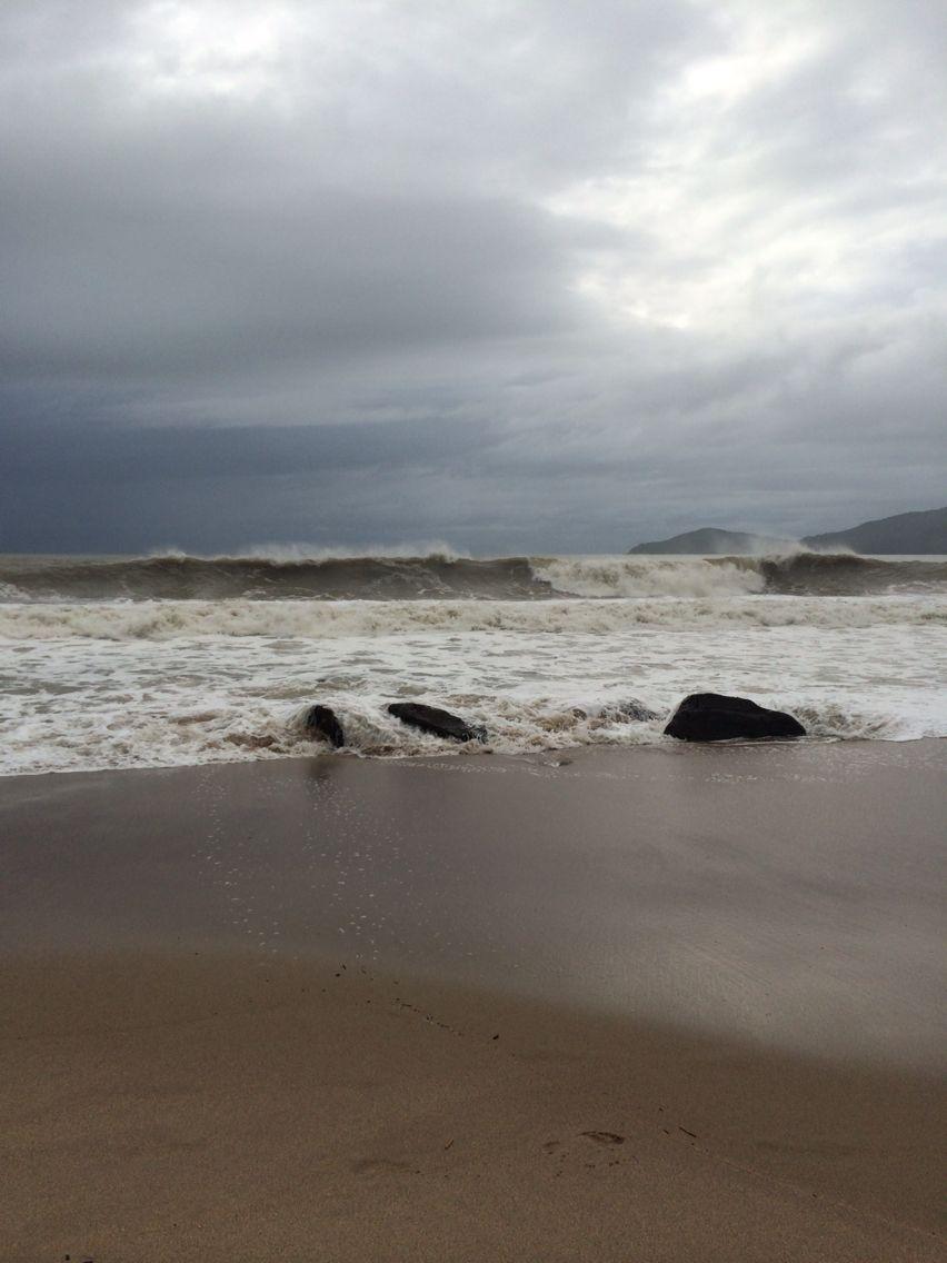 Praia do Côco fechando