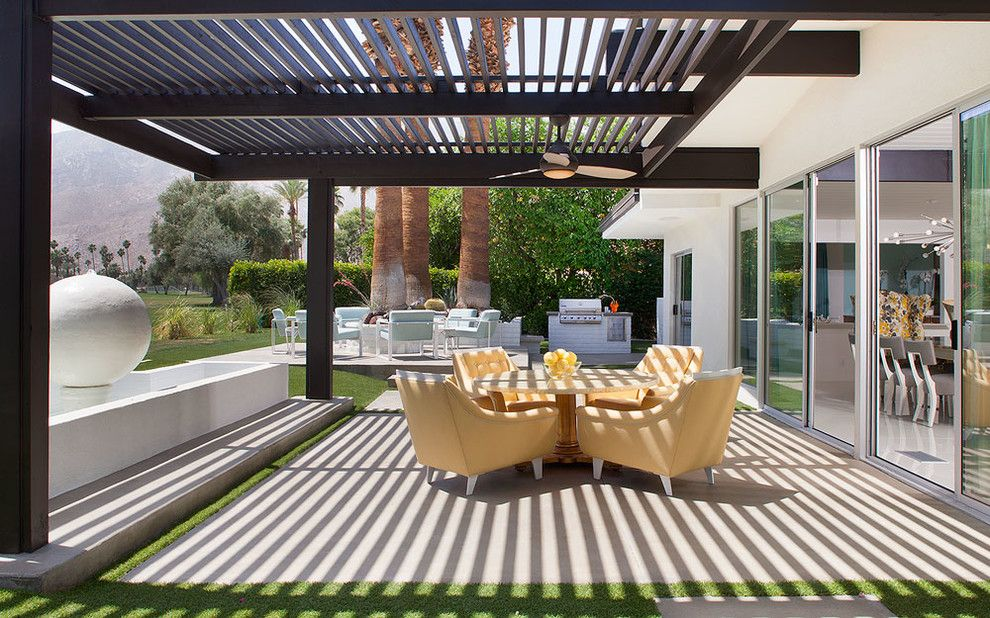 Gorgeous jonathan adler bedding in patio midcentury with for Lanai deck