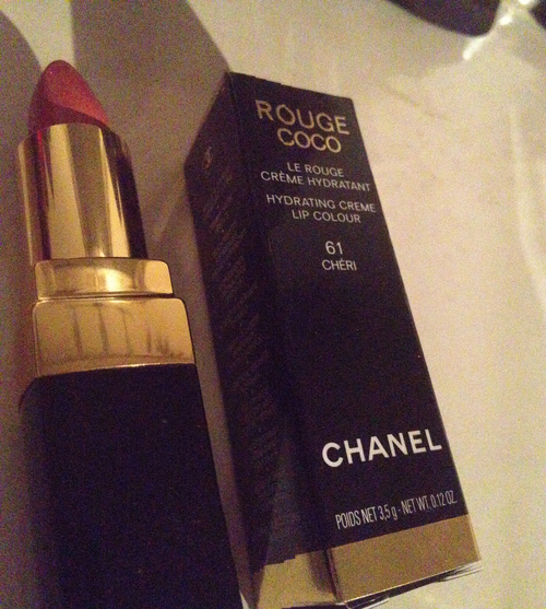 Chanel addicted  #classy  Cheri #topmakeupbrands