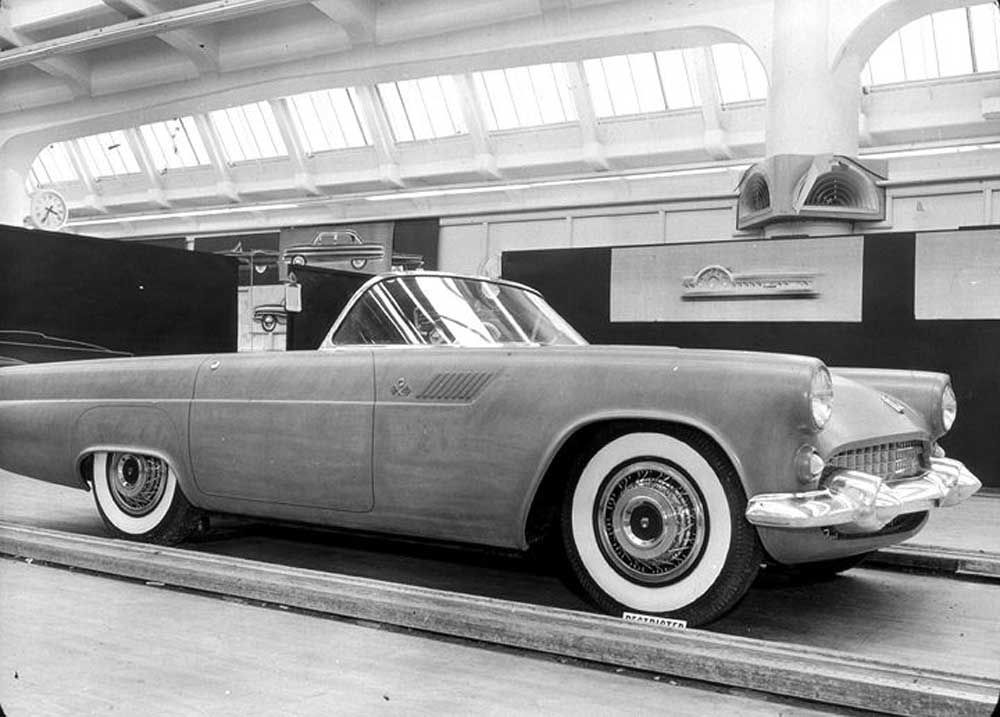 Hatching the 1955 Thunderbird Dean's Garage Ford