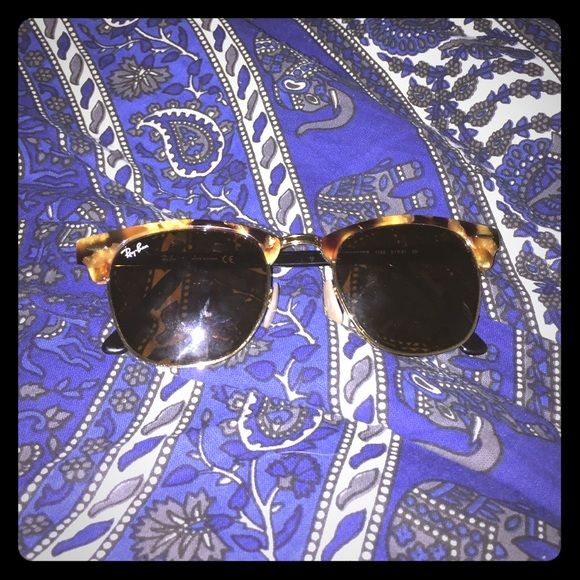 RayBan 3016 Clubmaster brand new raybans comes with case Ray-Ban Accessories Glasses