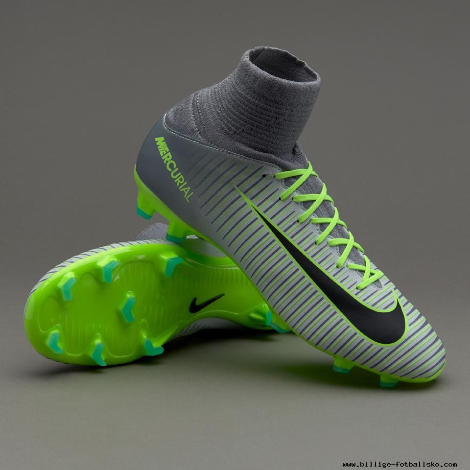 Buy Nike Football Boots at SoccerScene.co.uk