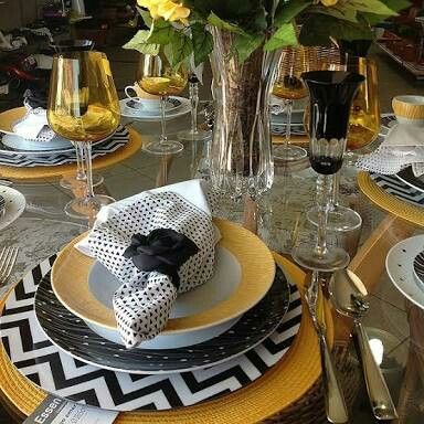 Pin by Michelle Martel Interiors § on Table Decor