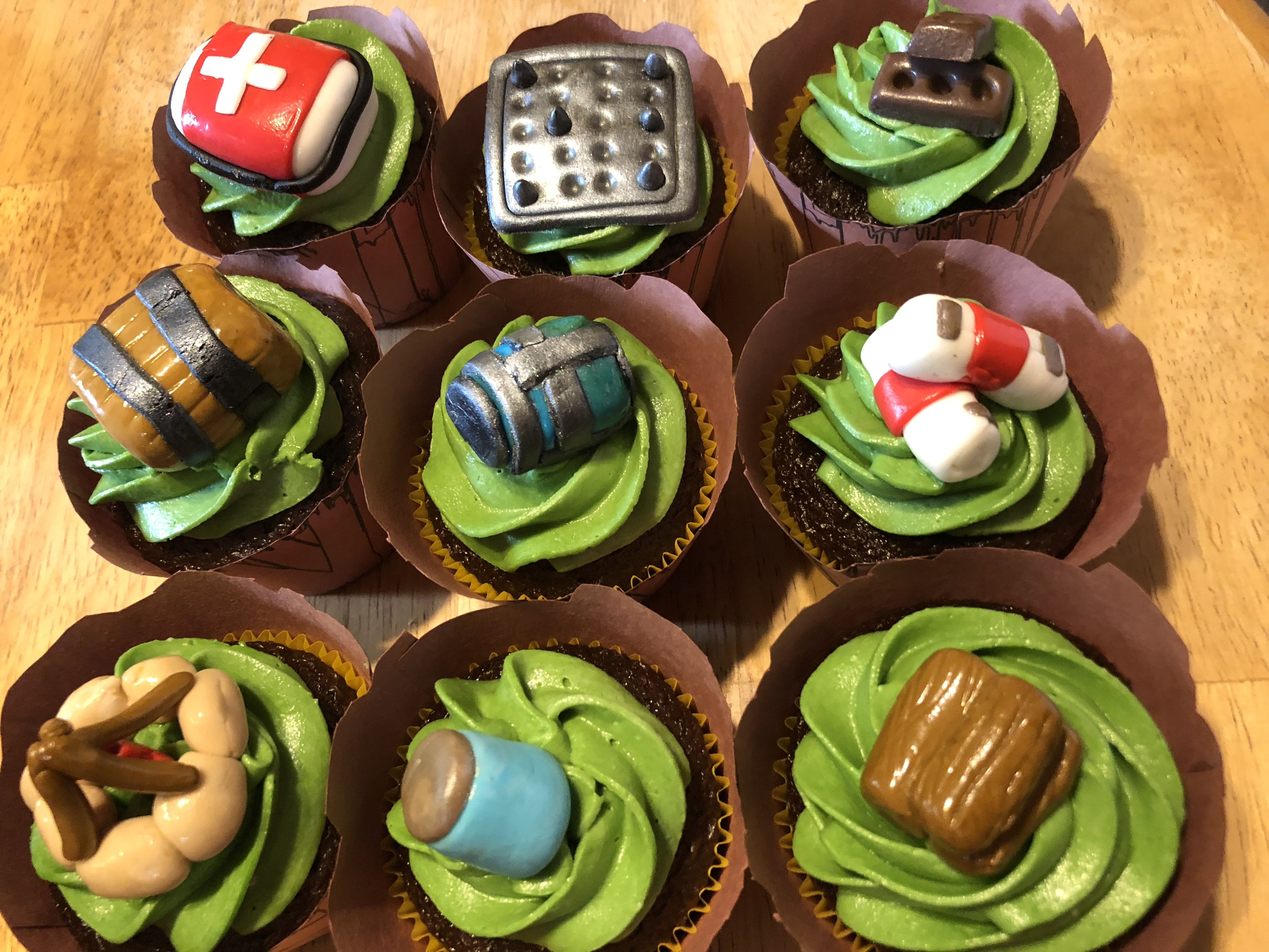 Fortnite Cupcakes Fortnite In 2019 Party Favors For Kids