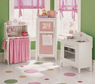 Pottery Barn Kids Kitchen Set Stove Refrigerator Pie Cabinet 3