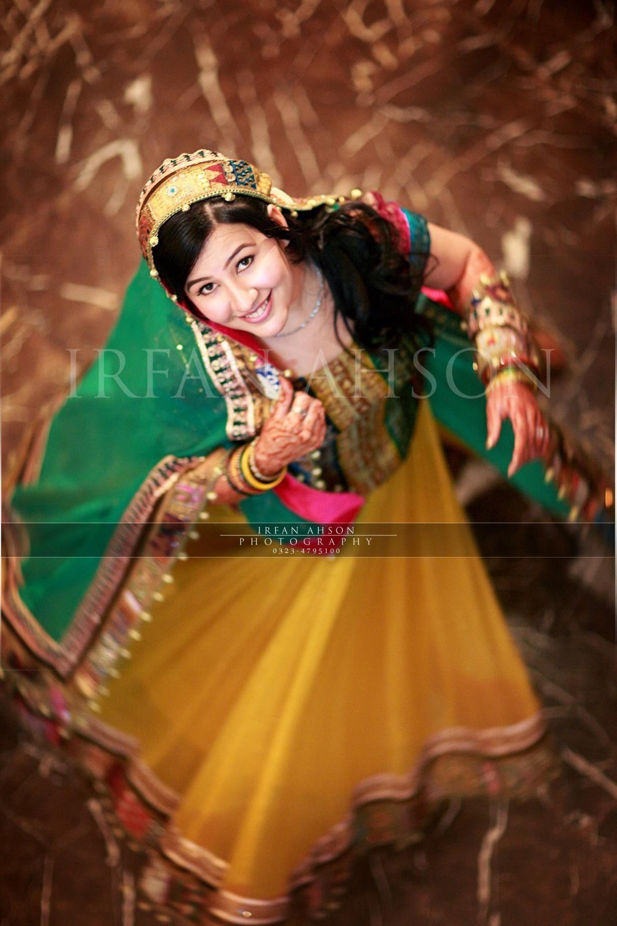 Irfan ahson travels for wedding photography - Irfan Ahson Photography Mehndi Outfit