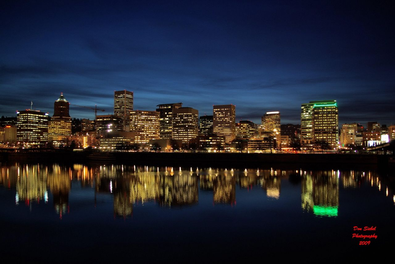 portland oregon | Portland, Oregon at Night | donsiebelphotography