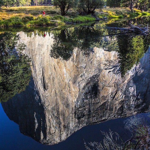 http://occhipintilucio.blogspot.it/ Photo // @jimmy_chin The Captain. Yosemite, CA.