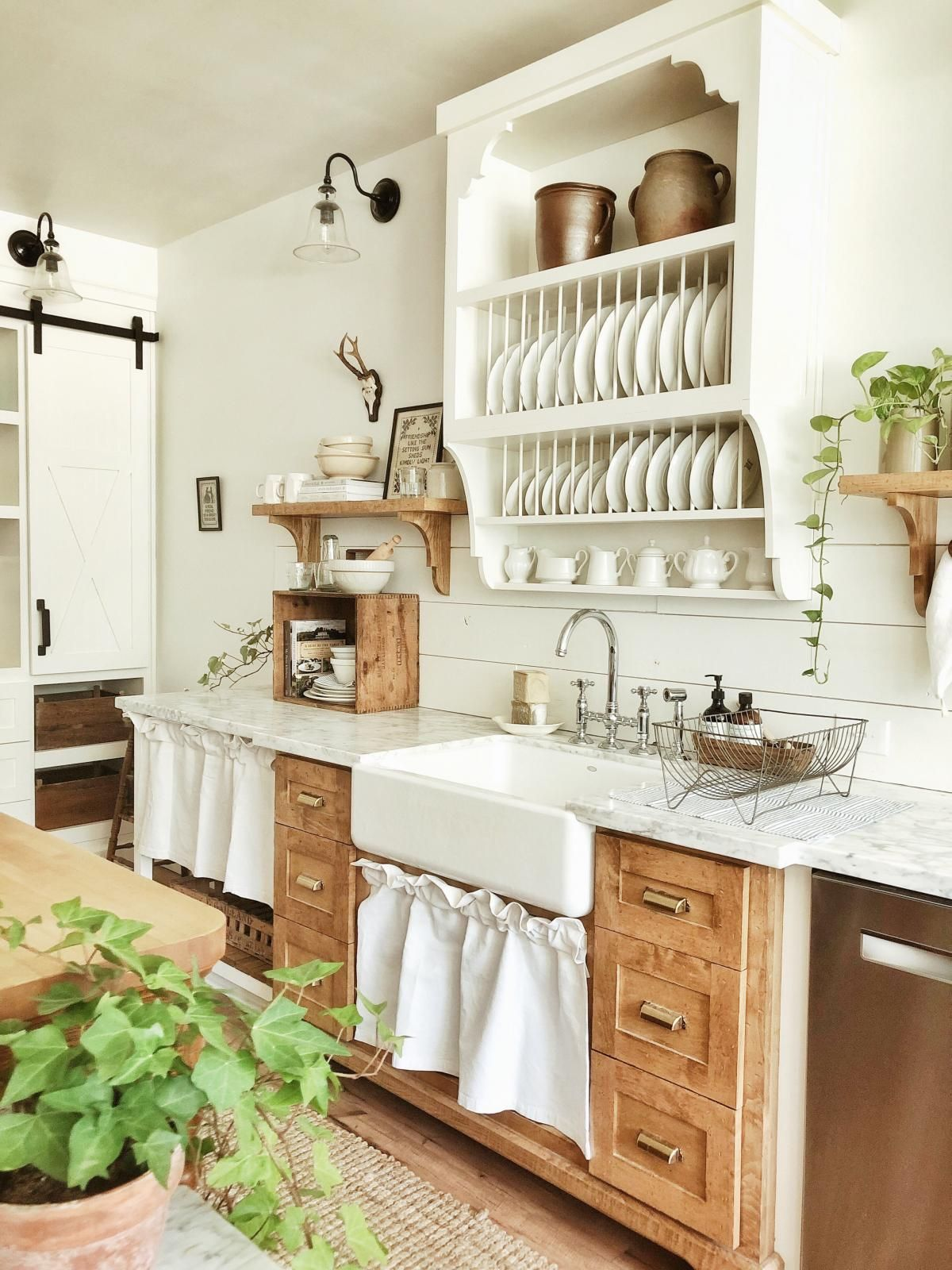 19 cuisines de style campagne chic  Idée déco cuisine, Cuisines