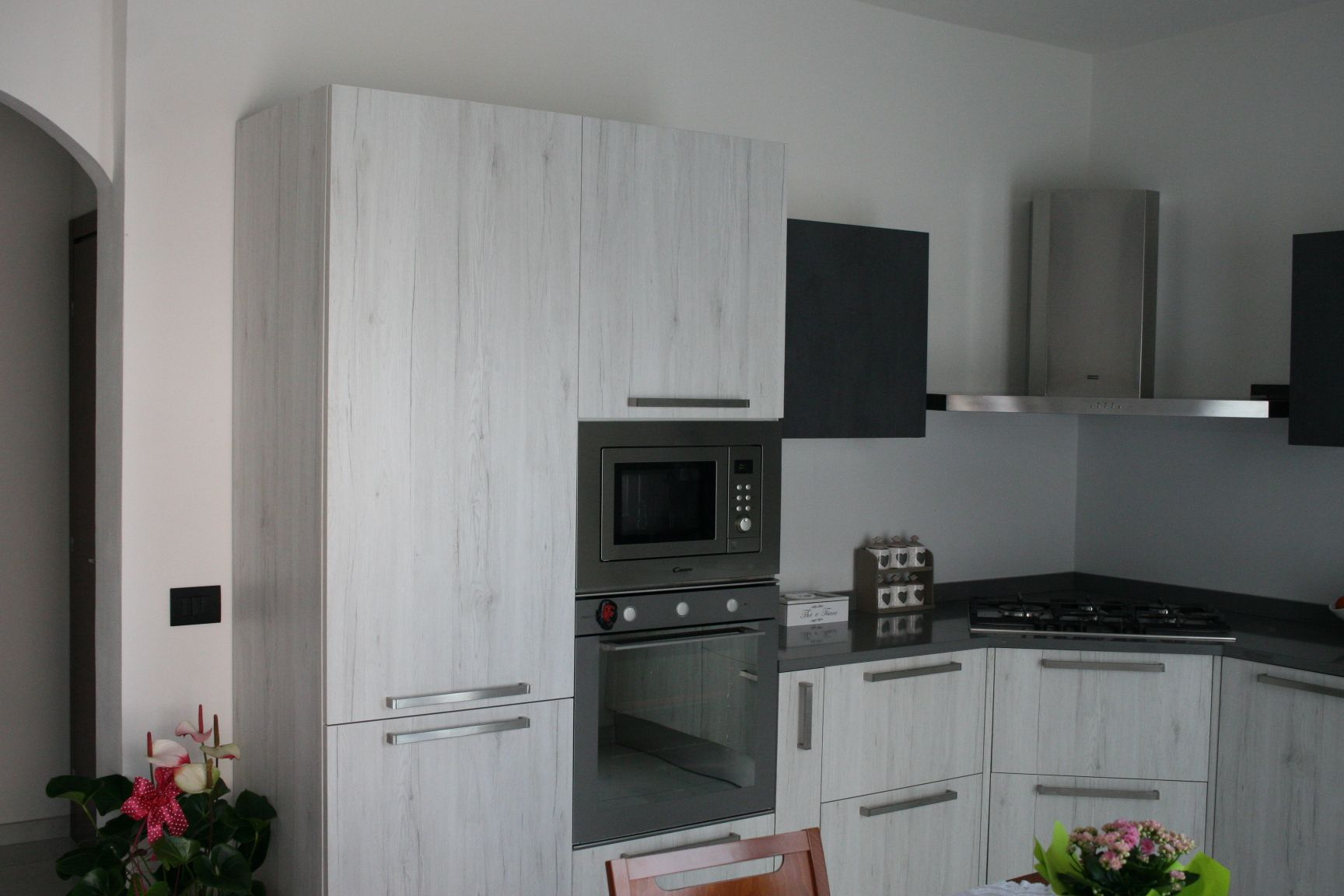 Cucina - Gentili - Time - melaminico bianco nodato cemento ...
