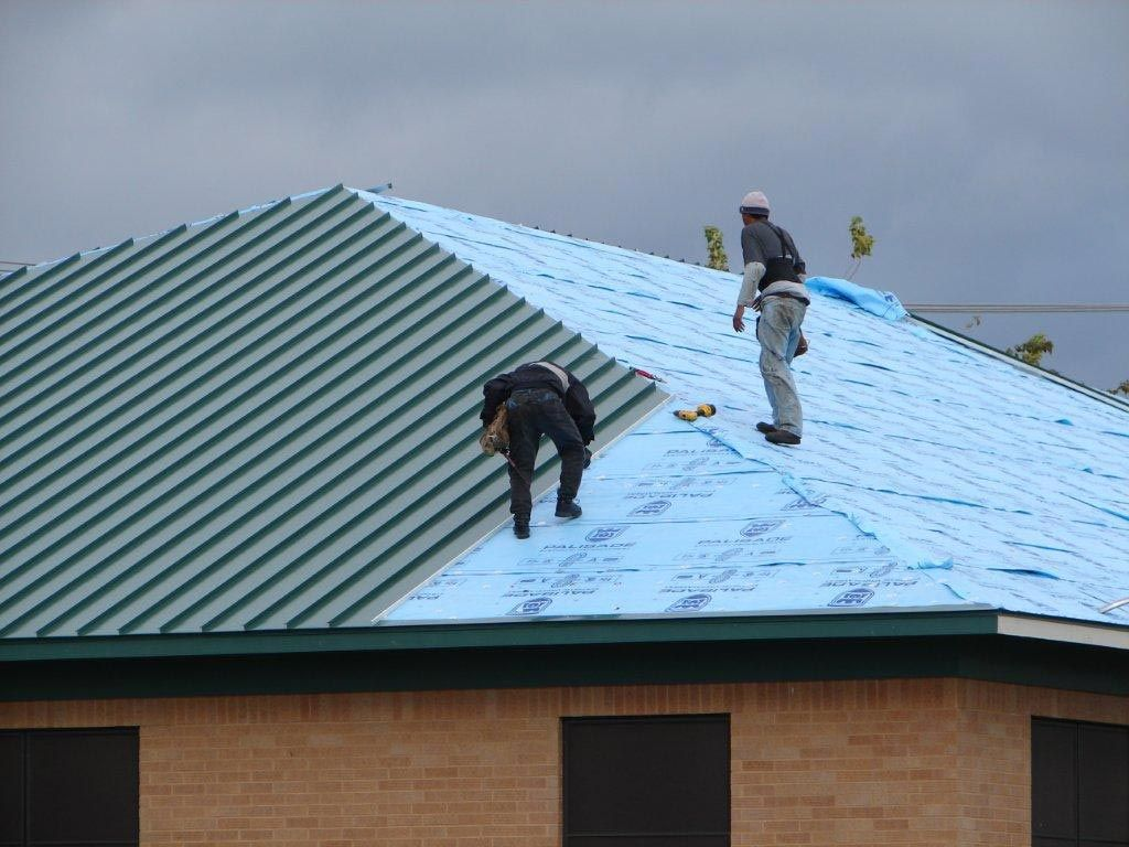 Ferris Roofing Contractors In Fort Worth Tx Provide Commercial And Residential Roof Repairs Install Roofers Roof Repair Roofing Services Roofing Contractors