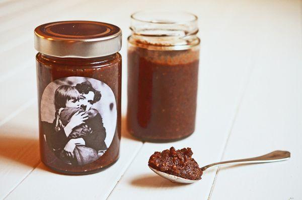 Selbstgemachte Nuss-Schoko-Creme (wwwrheintopf) #rezept - geschenke aus der küche rezepte