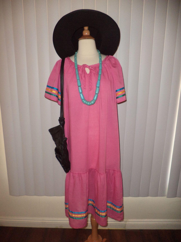 Vtg Boho Hippie Pink Tiered Festival Cochella Flutter Sleeve Dress OS by casadelagitana on Etsy
