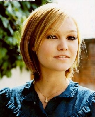 Julia Stiles Short Hair : julia, stiles, short, Julia, Stiles, Julia-stiles, Photo, Short, Styles,, Straight, Blonde, Hair,, Thick, Styles