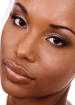 Everyday makeup for Black women