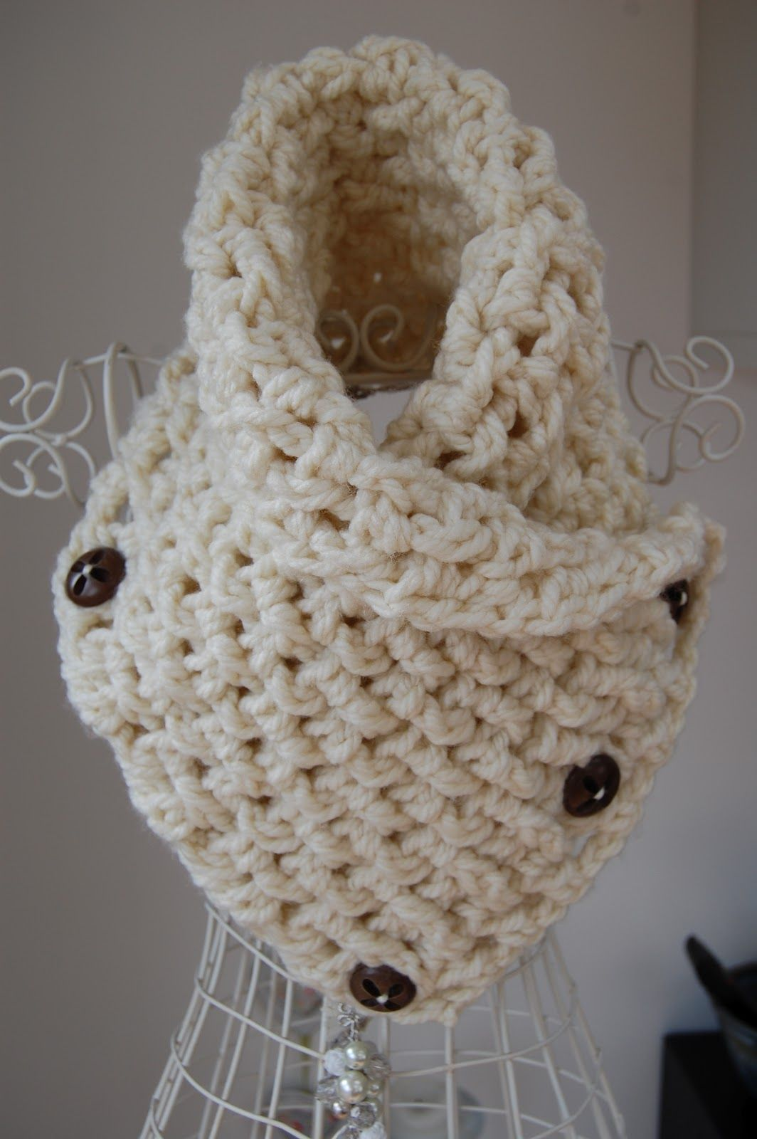 Free crochet neck warmer patterns crafty red lattice crochet crafty red lattice crochet neck warmer sz 10 needles in length and bulky yarnwool if you can wear it bankloansurffo Choice Image