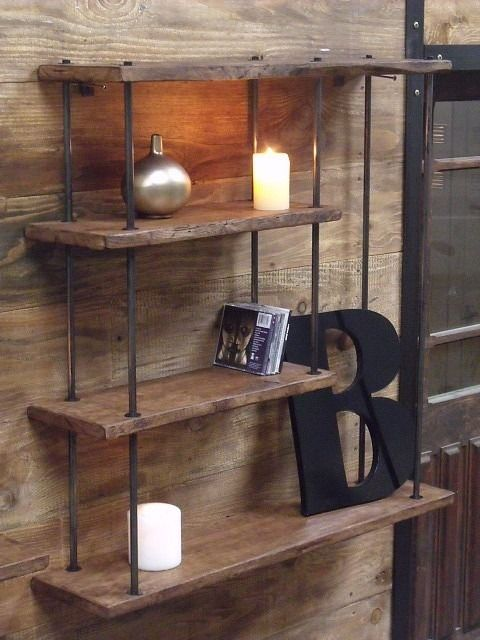 petite tag re murale bois m tal au design industriel salons decorative shelves and shelves. Black Bedroom Furniture Sets. Home Design Ideas
