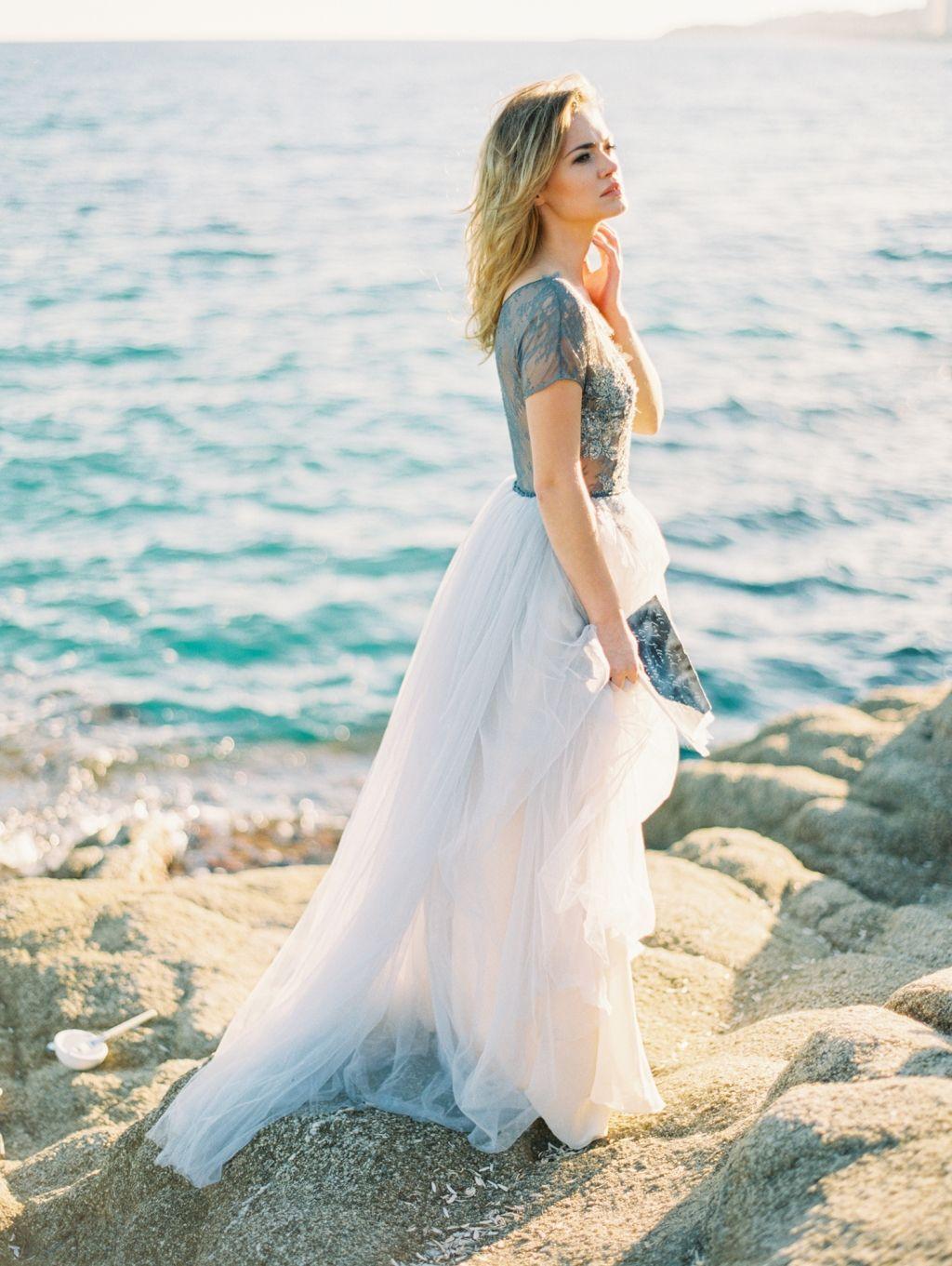 Beautifully elegant coastal wedding inspiration from Spain ...
