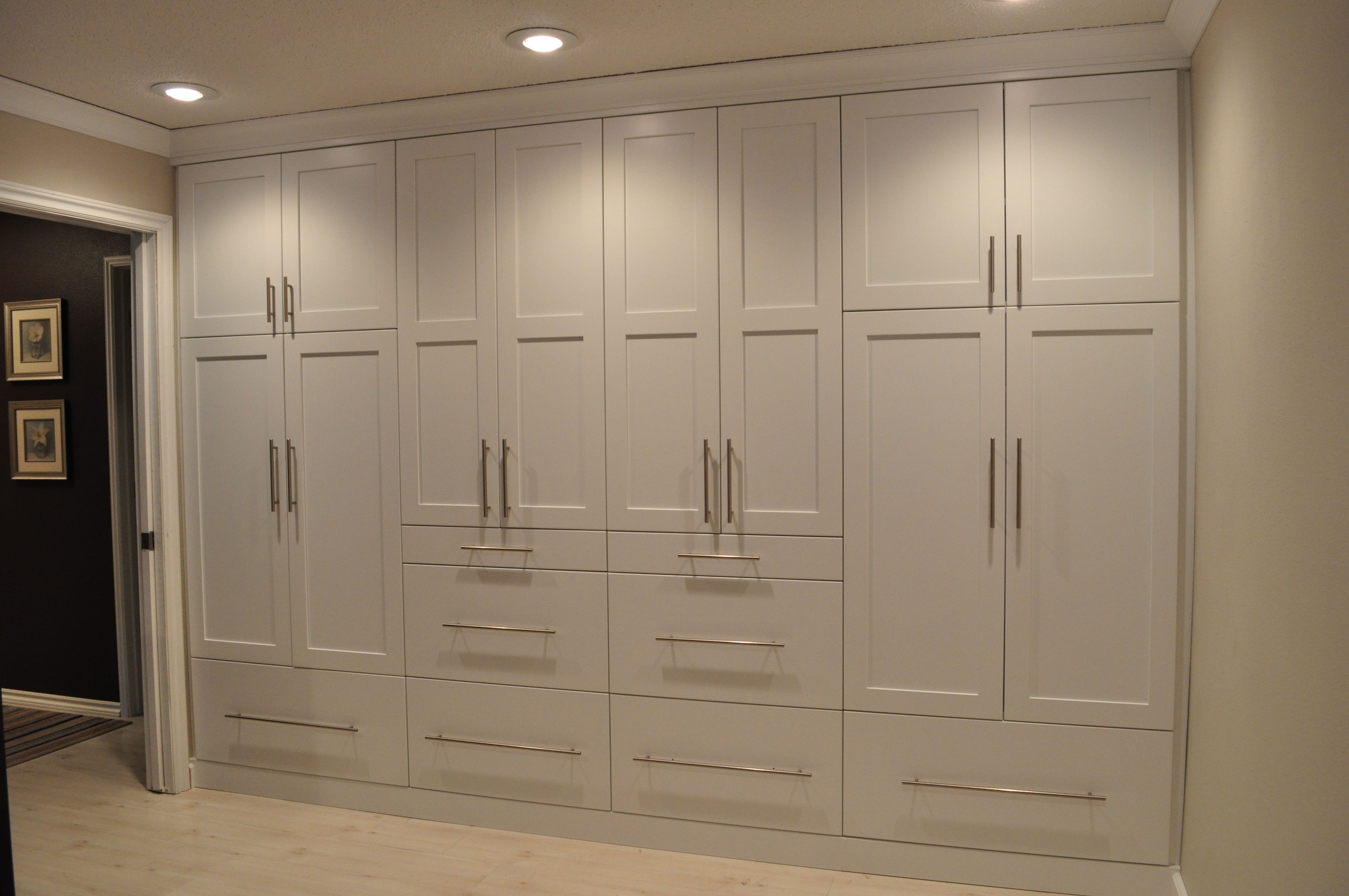 Columbia Cabinets in iceberg white Built in closet system Design