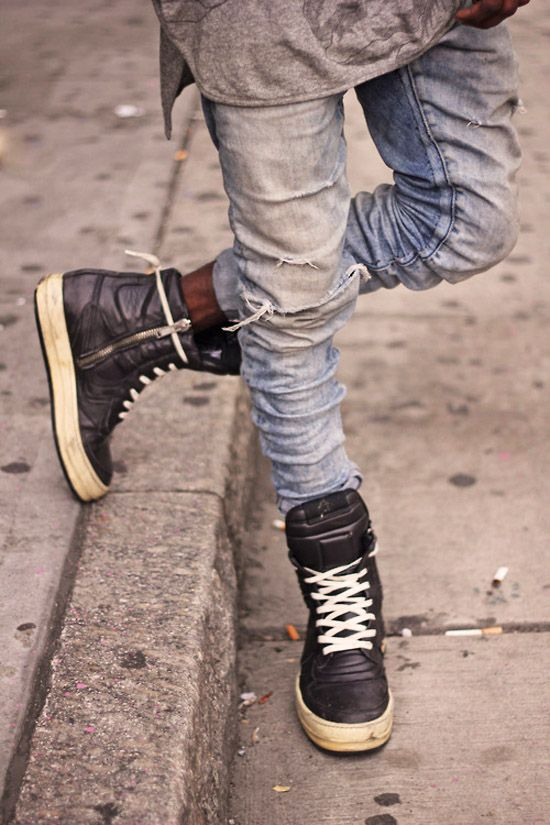 ripped-skinny-blue-jeans-rick-owens-sneakers  4ec0f74dc50