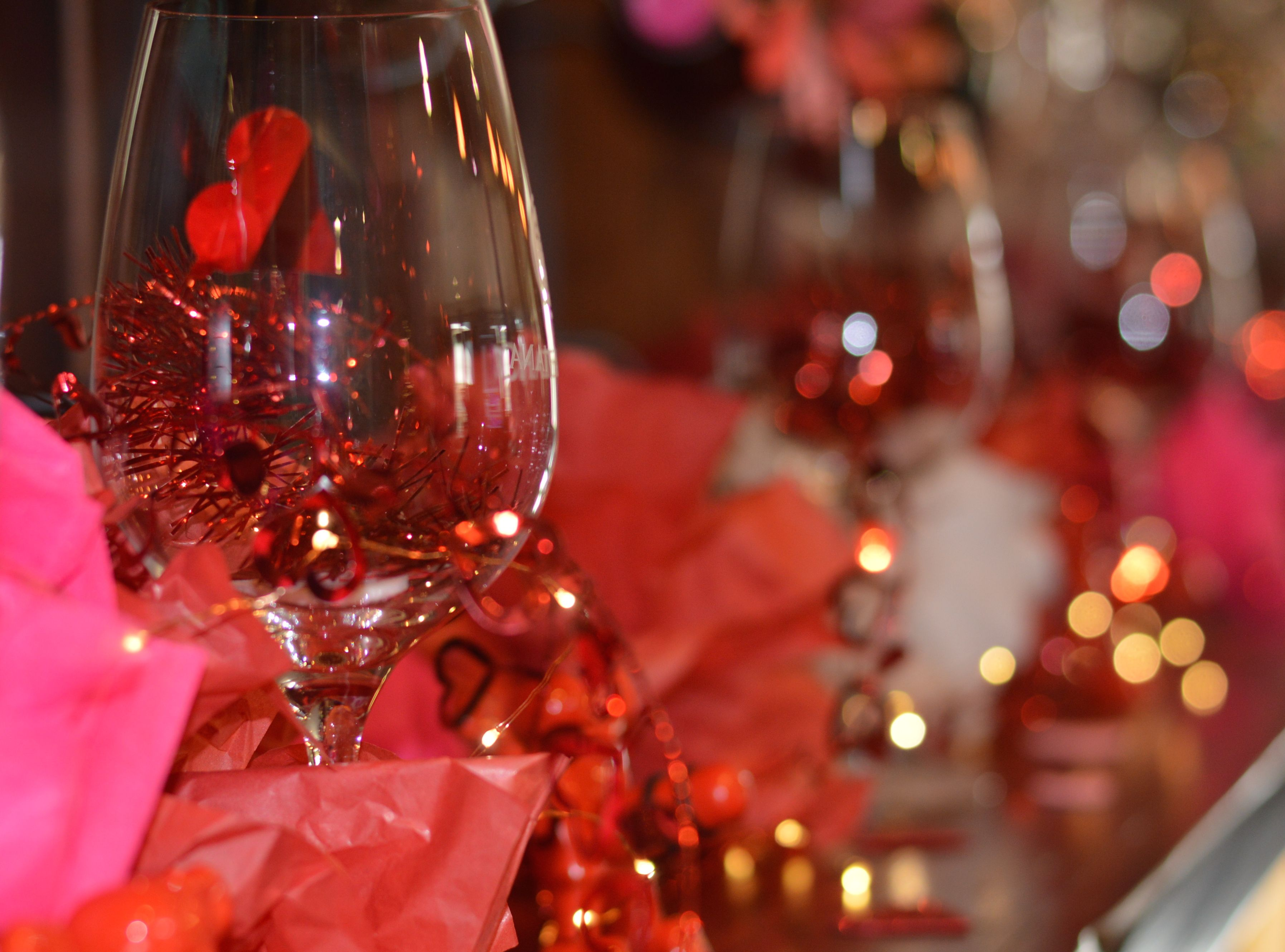 Romance and wine have always gone hand in hand which is why more and more people choose wine country as a romantic getaway destination. Sonoma County is made up of a sea of vineyards that roll over hills and spillRead more