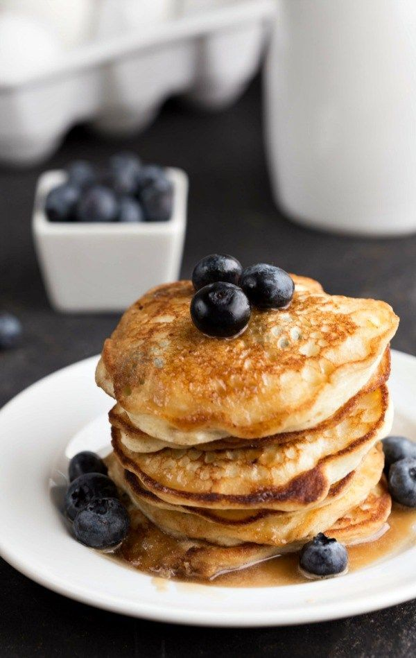 Blueberry Lemon Ricotta Pancakes Recipe - light and fluffy pancakes are perfect with syrup for breakfast! | ihearteating.com | #brunch