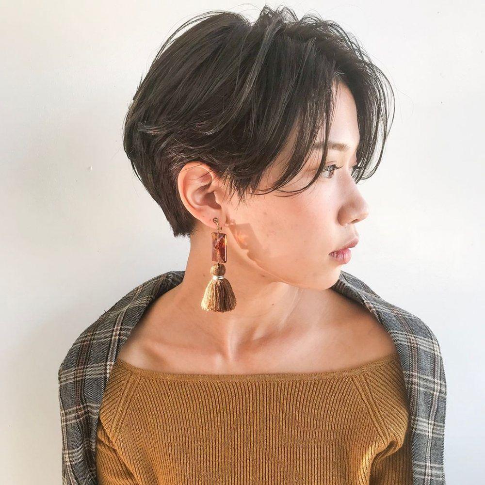 流行り の 髪型 ショート
