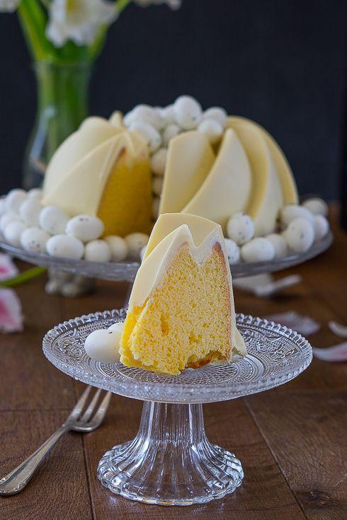 Zitronen Buttermilch Gulgelhupf Mit Weisser Schokoladenglasur Rezept Buttermilch Topfkuchen Und Ruhrkuchen