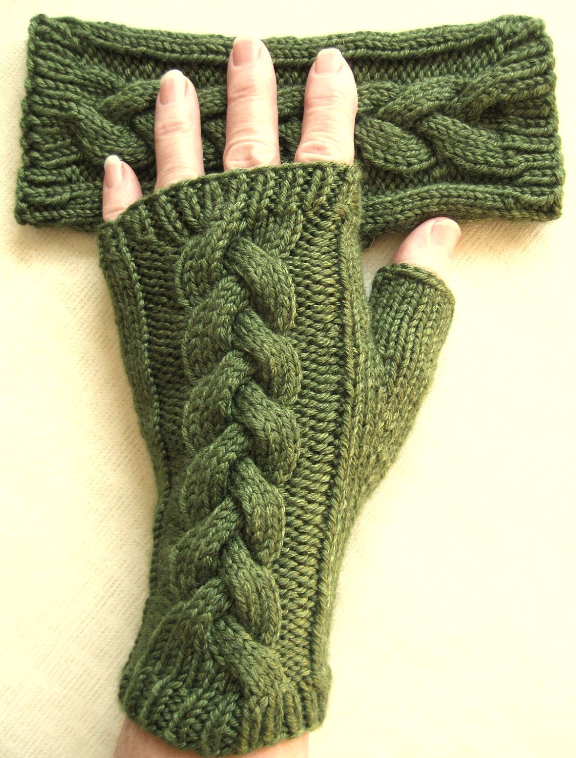 Fingerless Gloves for Women - Clover | guantes | Pinterest | Guantes ...