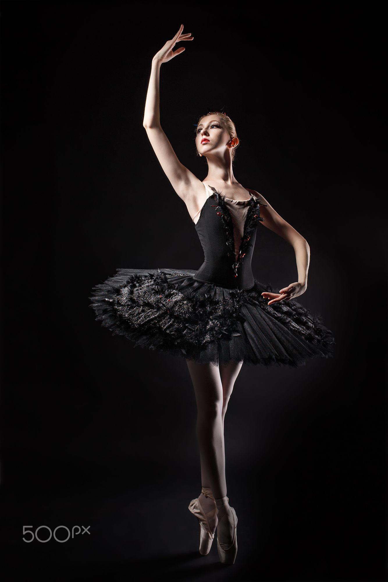 Порно балерина танцует в черной пачке смотреть #15