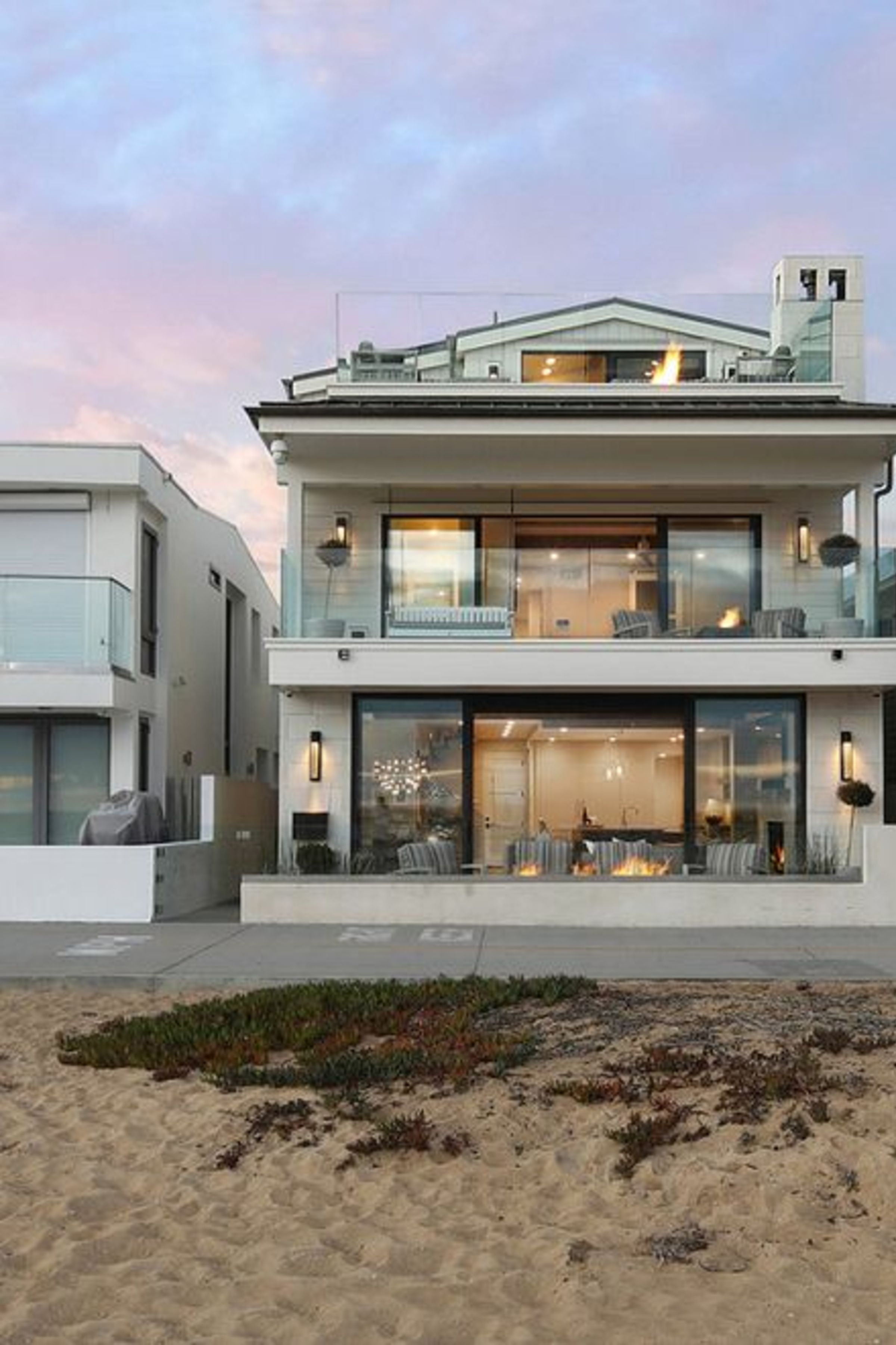Enjoy The Palm Life Beach House Design Beach House Exterior Small Beach Houses