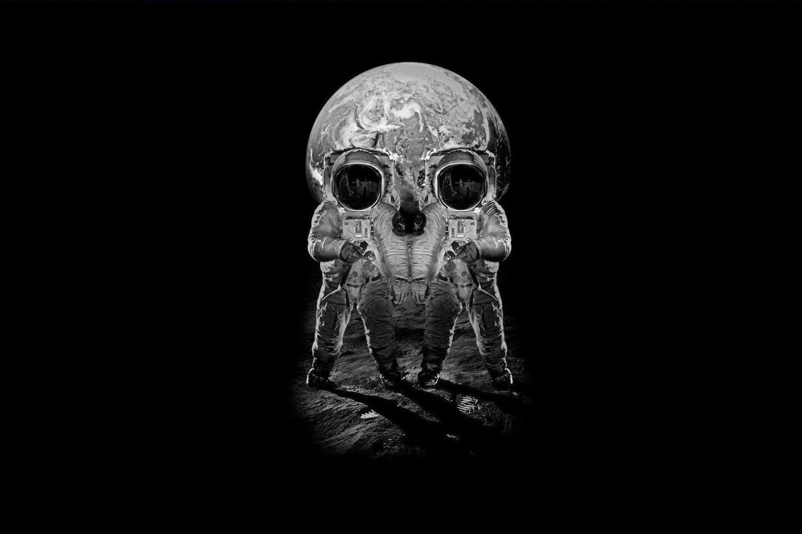Gothic Optical Illusion Astronauts//Moon or Skull Framed Print Picture Poster