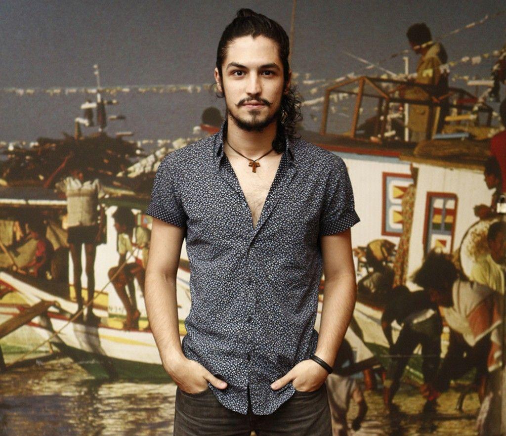 Gabriel Leone (Miguel, em Velho Chico)