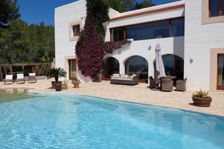 Spanje l Ibiza Villa Can Jolie is een prachtige villa met privé
