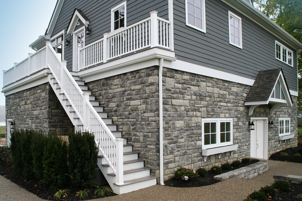 You Can Read Unbiased Reviews Of Reputable Companies Known By Affordable Yet Customized House Exterior Blue Stone Veneer Exterior Houses Exterior House Siding