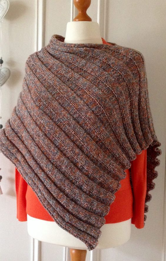 Free Knitting Pattern for Easy Peasy Poncho - Knit flat in one ...