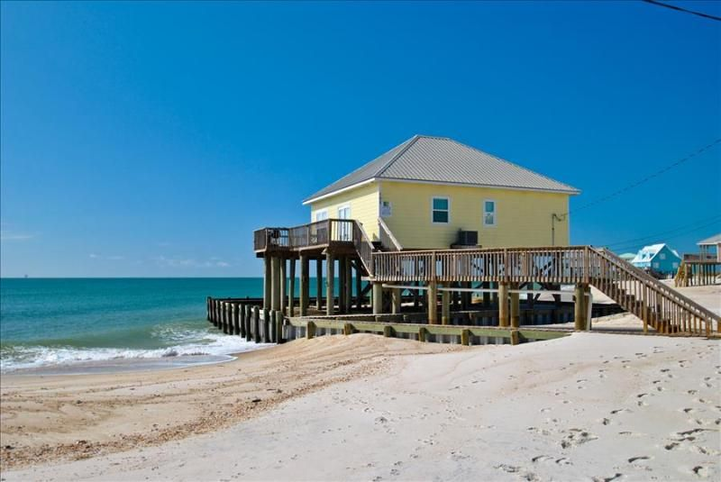 Villa Delphinus Beautiful 3 Bedroom With Direct Gulf Views Nicely Furnished And Decorated Great Dauphin Island Rentals Dauphin Island Beach House Rental