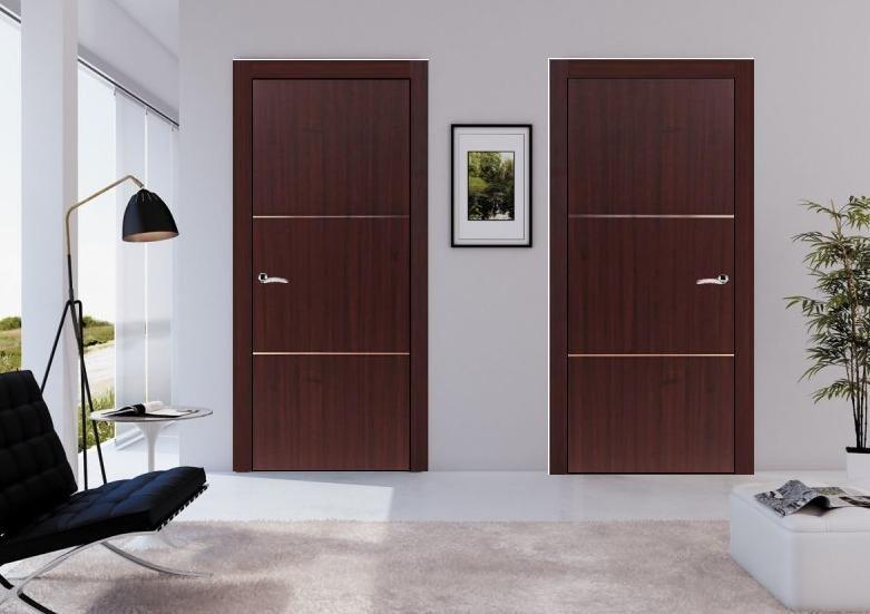 215 Roma Mahogany Finish Modern Interior Door W Aluminum Strip