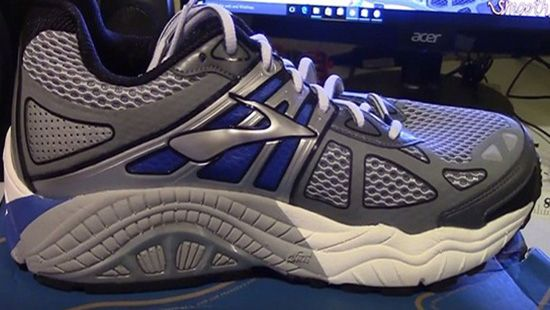 stability running shoes for flat feet