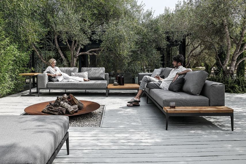 Grid Modular Outdoor Sofa | Thecreativescientist.com