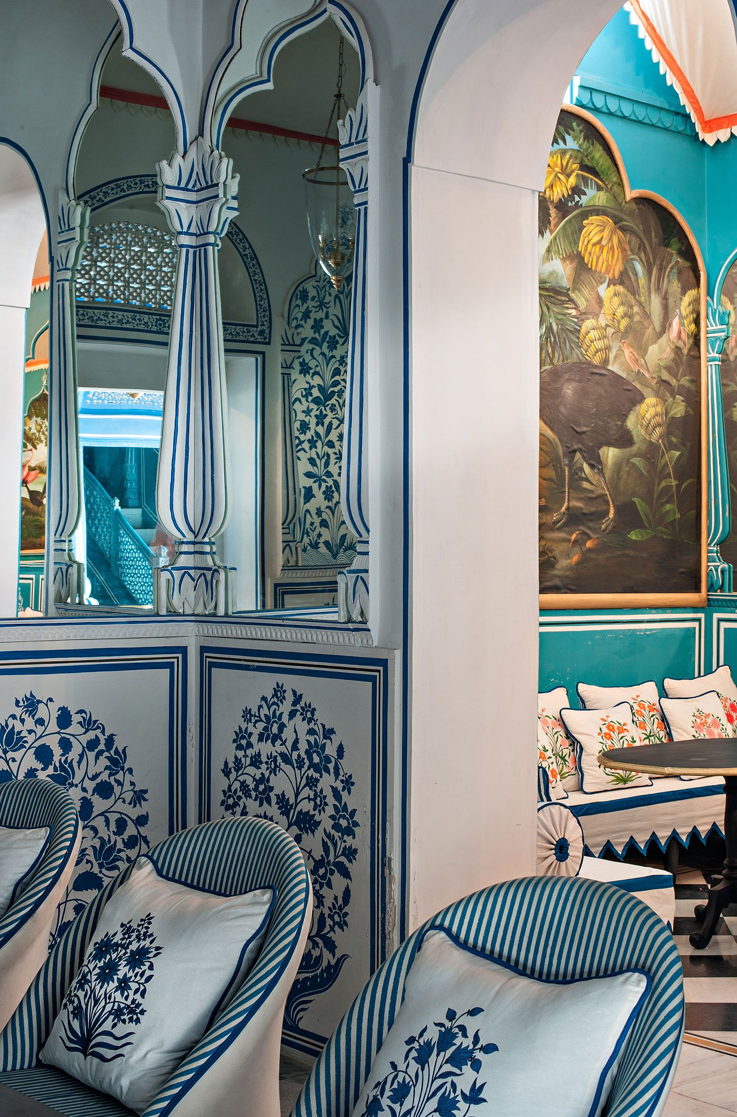 Jaipur S Most Picturesque Bar With Images Hotel Interiors