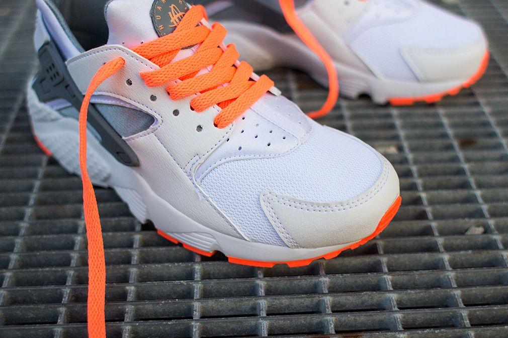Nike Air Huarache GS White Magnet Grey Bright Mango