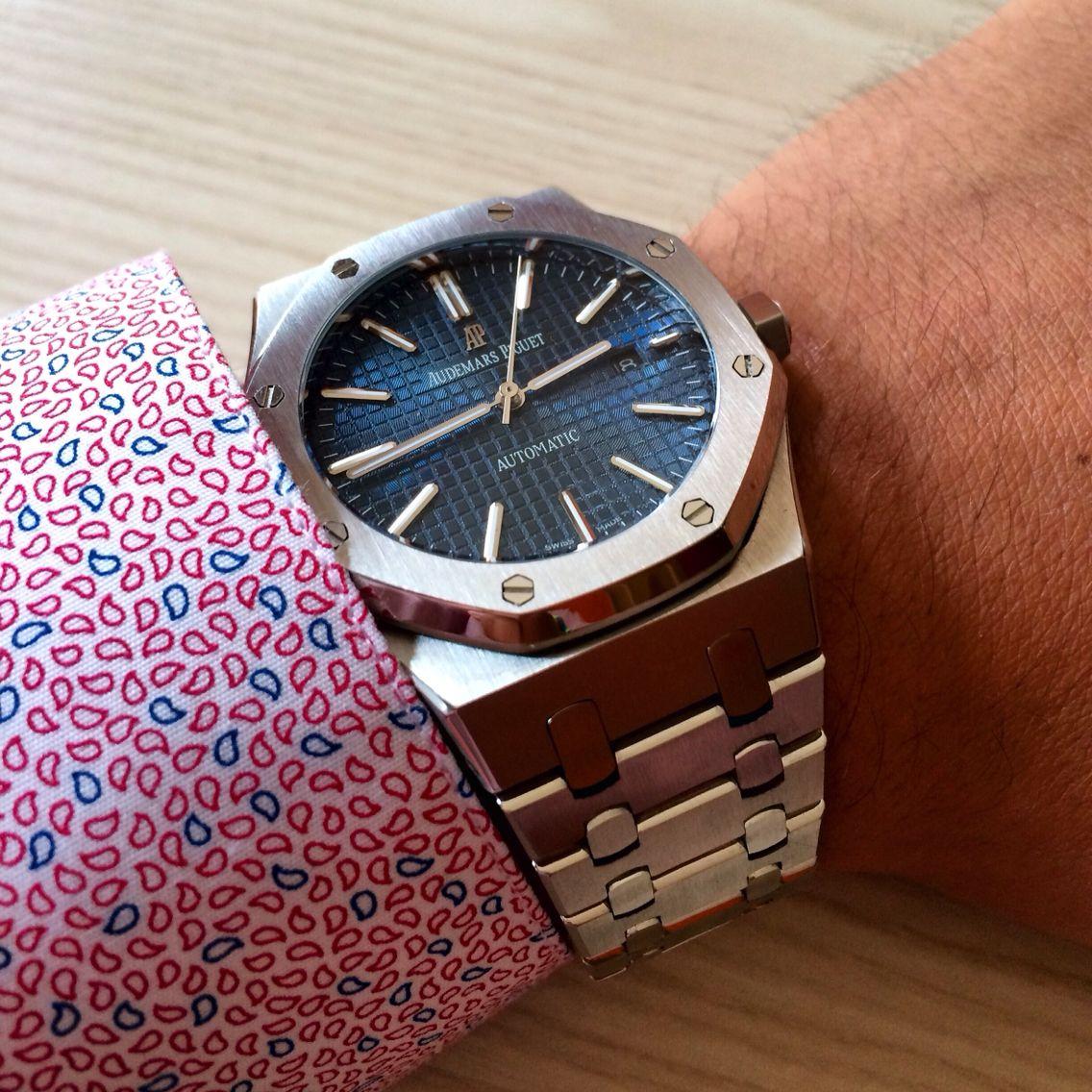 Audemars piguet royal oak 15400 steel blue dial