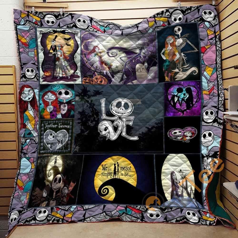 Nightmare Before Christmas Love Blanket N2906 Quilt In 2021 Summer Quilts Christmas Prints Christmas Quilt