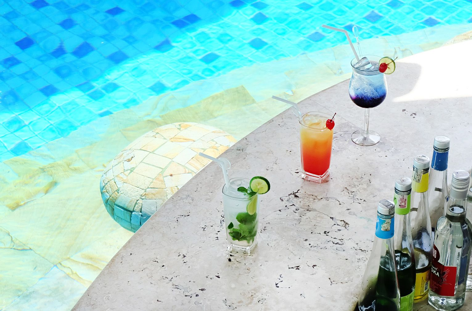 """Don't miss out our """"Buy 2 Get 1 Free"""" which makes Happy Hour Fiesta our guests' all-time favorite! Available daily at Celepook Pool Bar from 5 p.m. to 6:00 p.m.  #TheTanjungBenoaBeachResortBali #TheTanjungBenoa #Bali"""
